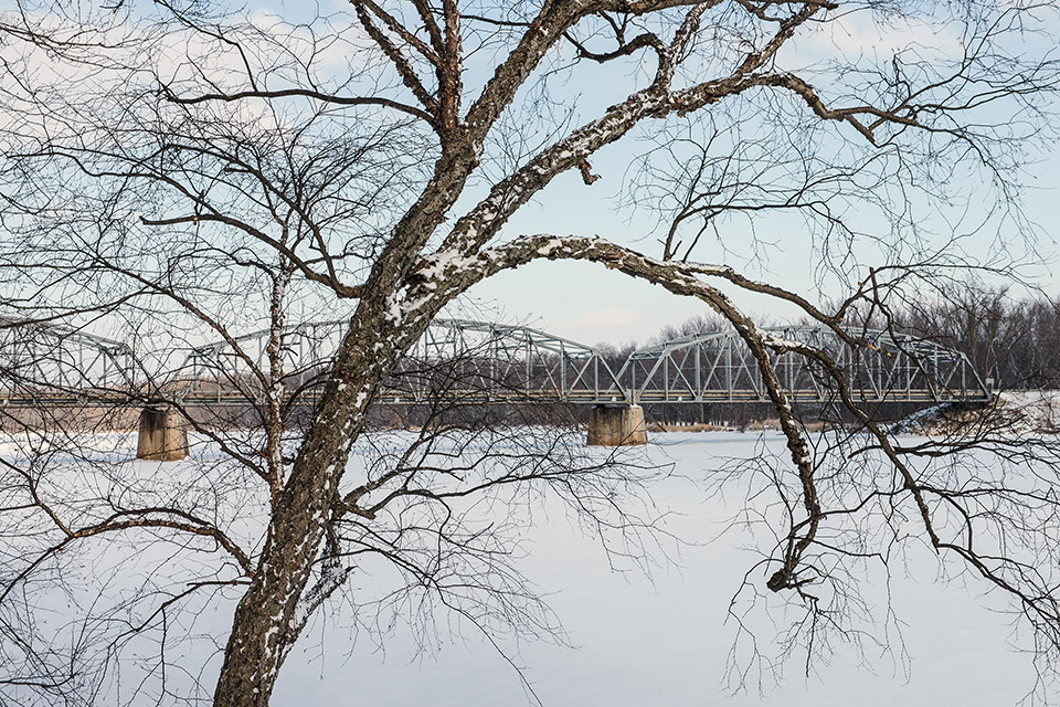 13.-Wisconsin-River-bridge-near-Lone-Rock