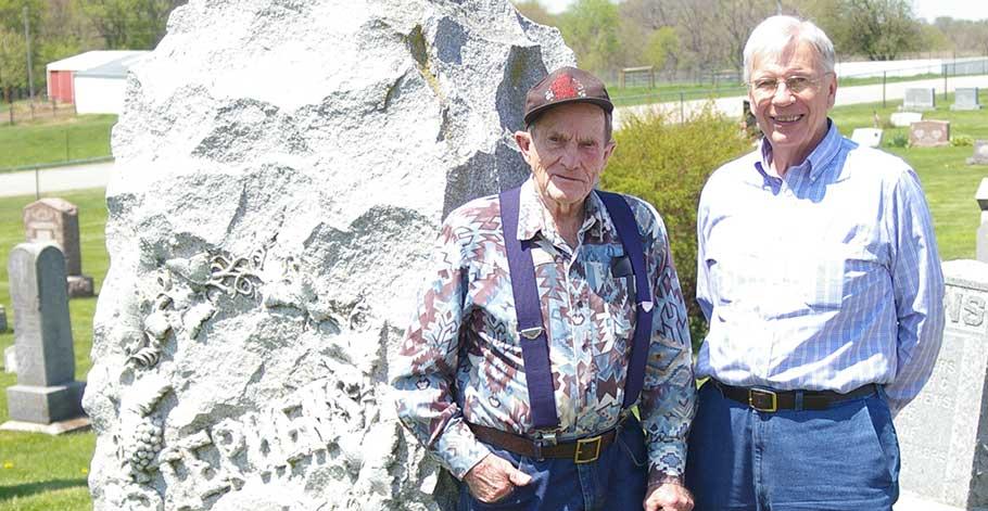 Wayne and Harold in cemetary